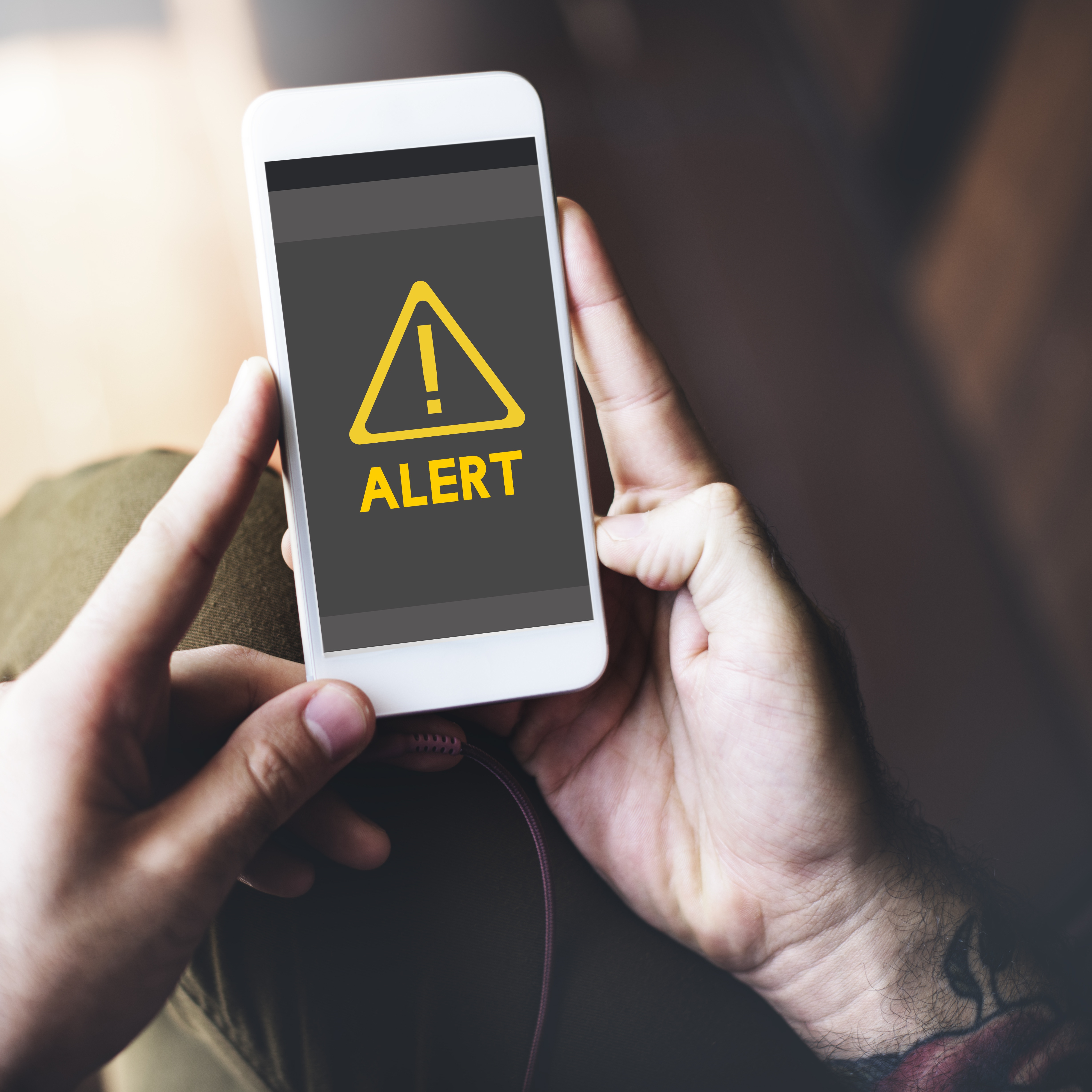 Real-Time Alerts: A Field Manager's Secret Weapon